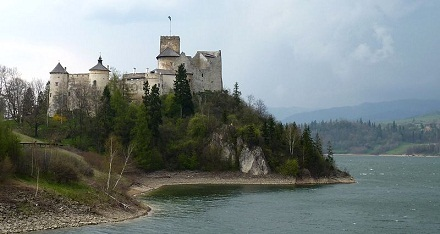 Niedzica Castle, foto: Dudva, CC BY-SA 3.0, commons.wikimedia